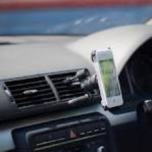 iPhone 4 – The Most Important Car Accessories